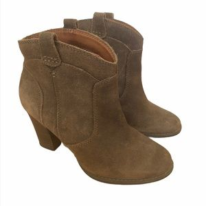 Clarks Western Style Brown Leather Booties